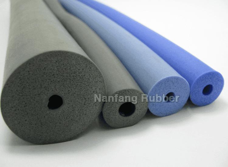 schiuma spugna materiale in silicone tubo